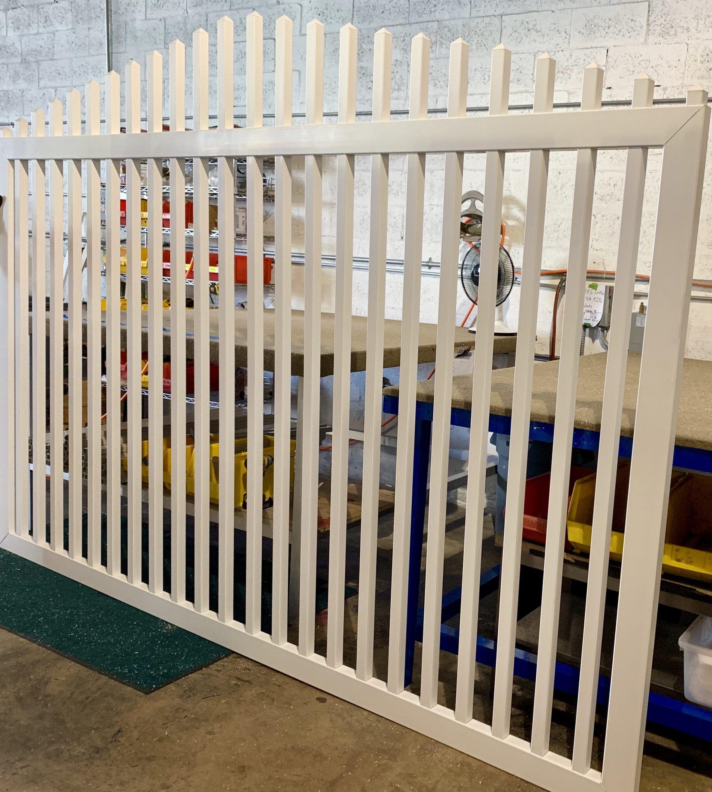 Vinyl Gates - Fence Wholesale